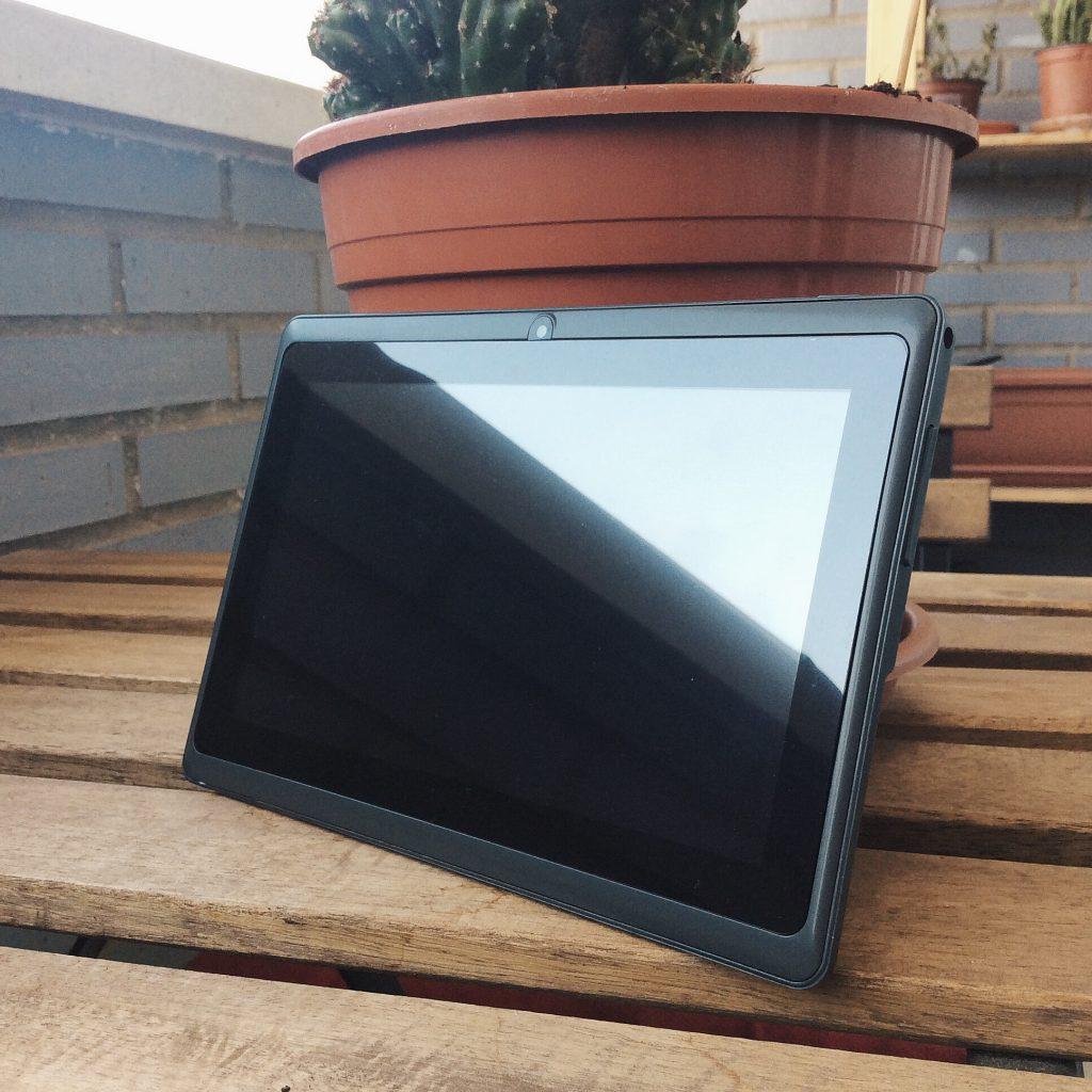 Tablet Dragon Touch Y88X Plus 7 pulgadas para niños